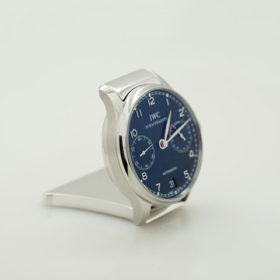 写真:腕時計をカスタムした置時計